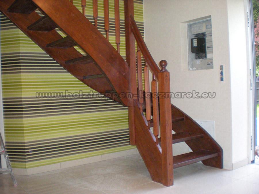 duzy-wybor-roznego-typu-schodow