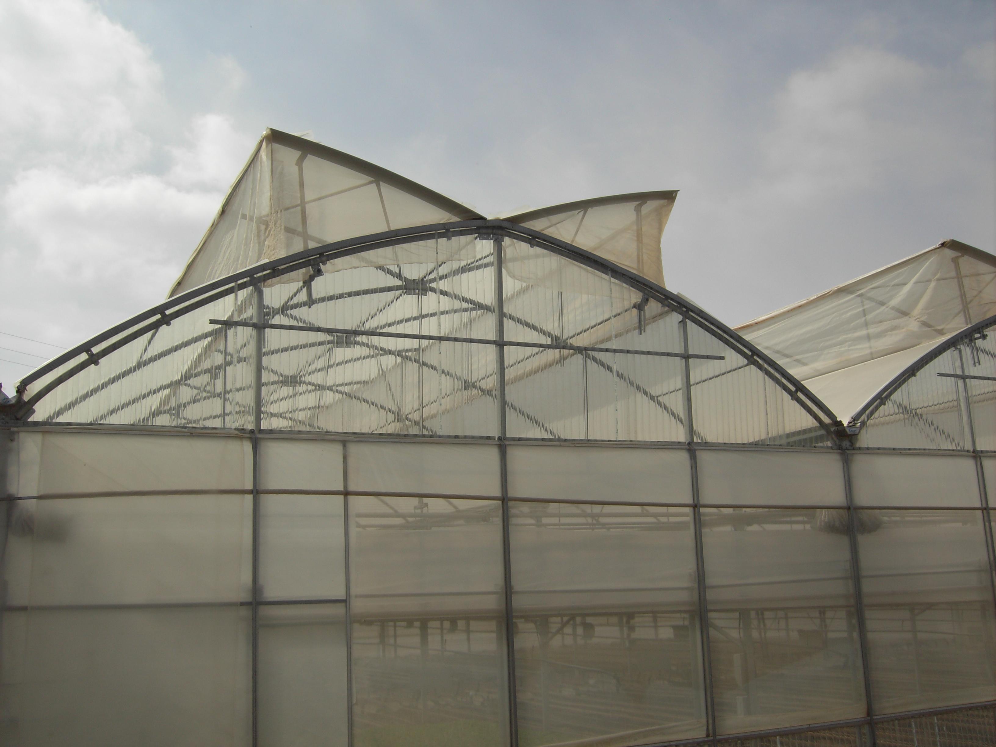 szklarnie-systemy-nawadniajace-i-urzadzenia-wyprodukowane-w-hiszpanii