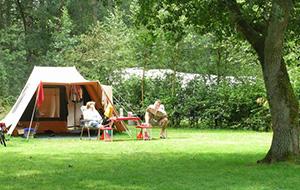 1.Luxe kamperen op camping De Berken