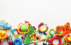 Douchebakjes met speelgoed