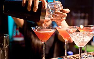 Cocktails en wijn