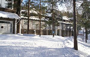 Klappertanden in het Arctic Snow Hotel in Sinettä