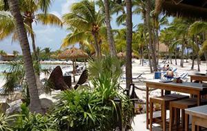 Privé-strand bij Renaissance Aruba Resort & Casino