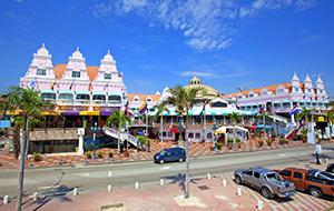 Shopaholic in Oranjestad