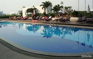 De goede ligging van Hotel Eastin Bangkok