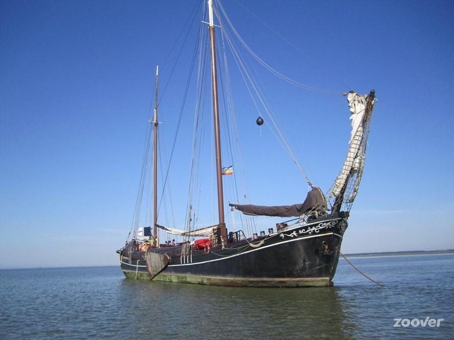 (Cruise)schip Pouwel Jonas