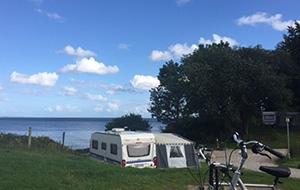 Onder de rook van Arhus ligt Camping Blommehaven