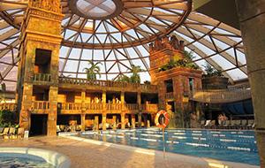 Zwemmen bij Hotel Aquaworld Resort Budapest