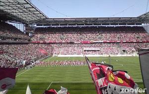 Het RheinEnergieStadion voor voetballiefhebbers