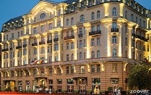 Uitgebreide ontbijtjes bij Hotel Polonia Palace