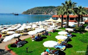 Hotel Panorama: superlocatie bij het centrum en aan het strand