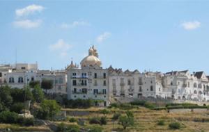 3. Locotorondo; het witte dorp op een heuvel