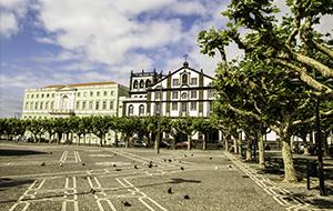 Het gezellige Ponta Delgada