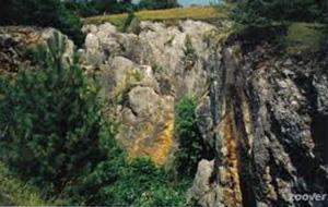 De prachtige rotsformaties van Le Fondry Des Chiens