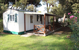 Het privéstrand van Camping Baia Domizia