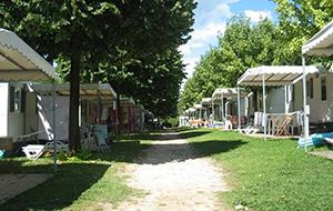 Een privébadkamer op Camping La Quercia