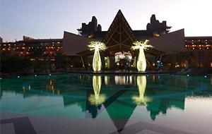 De centrale ligging van Lopesan Baobab Resort