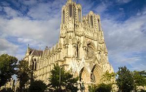 Duizenden beelden in Kathedraal van Reims