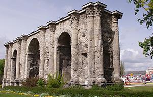 4.Uit het Romeinse Rijk: Porte de Mars
