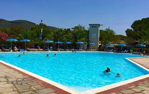 Resort Lacona
