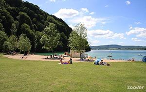 Ontspannen aan het water op Camping Domaine de Chalain