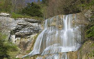 De watervallen van Herisson