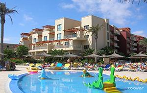 1.  Voor het hele gezin: Hotel Elba Carlota