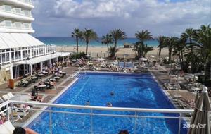 4. Genieten bij Riu Oliva Beach Resort