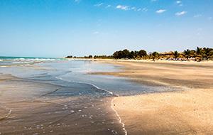 1. Het strand is de parel van Kotu