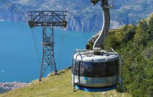 Geniet van het uitzicht in de Monte Baldo kabelbaan