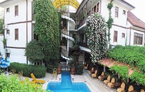 Karyatit in Antalya