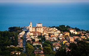 Sirolo, een gezellig dorp