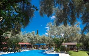 4.   Villa Kazazis voelt als een waar paradijsje