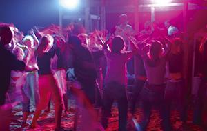 Op je bucketlist: feesten op het strand