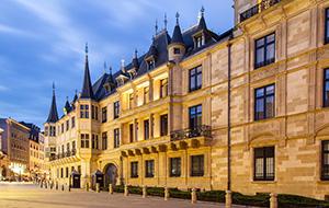 Waan je van Adel bij het Grand Ducal Palace