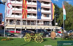 Schuif aan bij Hotel Tino