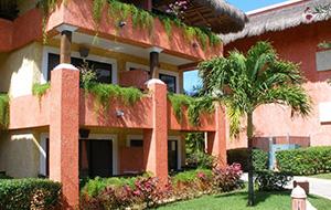 4. Hotel Iberostar Tucan mét tropische jungletuin