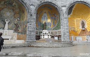 De stad van Maria: Lourdes