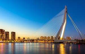 Groots en indrukwekkend Rotterdam