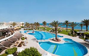 Slapen aan zee bij Hotel Aquamare Beach Hotel & Spa
