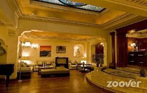 Keizerlijk Hotel River Palace