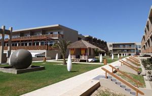Genieten bij Hotel Oasis Salinas Sea
