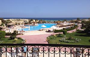 Voor totale ontspannig: Hotel The Three Corners Fayrouz Plaza Beach Resort in Egypte