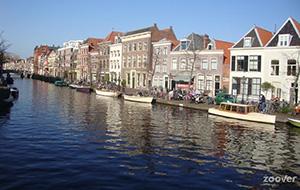 Winkelen langs het water in Leiden
