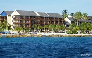 Luxe Hotel Lions Dive & Beach Resort