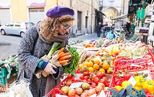 Shoppen op de zomermarkten van Menorca
