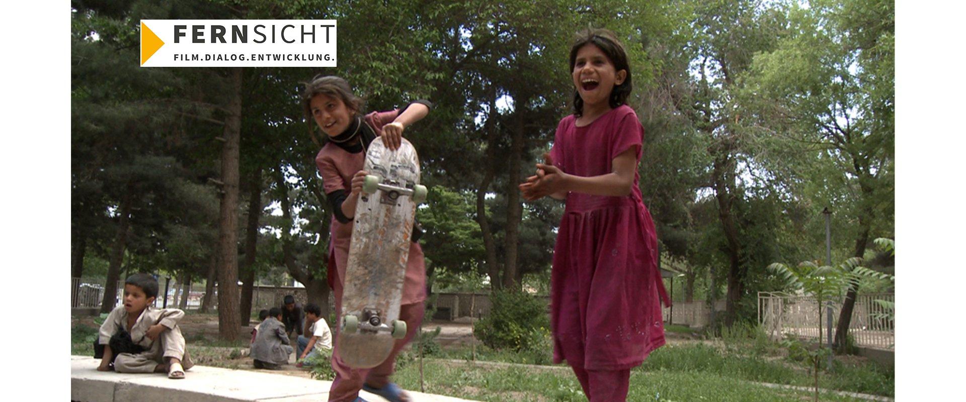 Skateistan – Ein Brett mit vier Rädern in Kabul (OmdU)