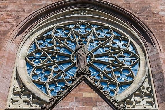Kirchenfenster in Karlsruhe