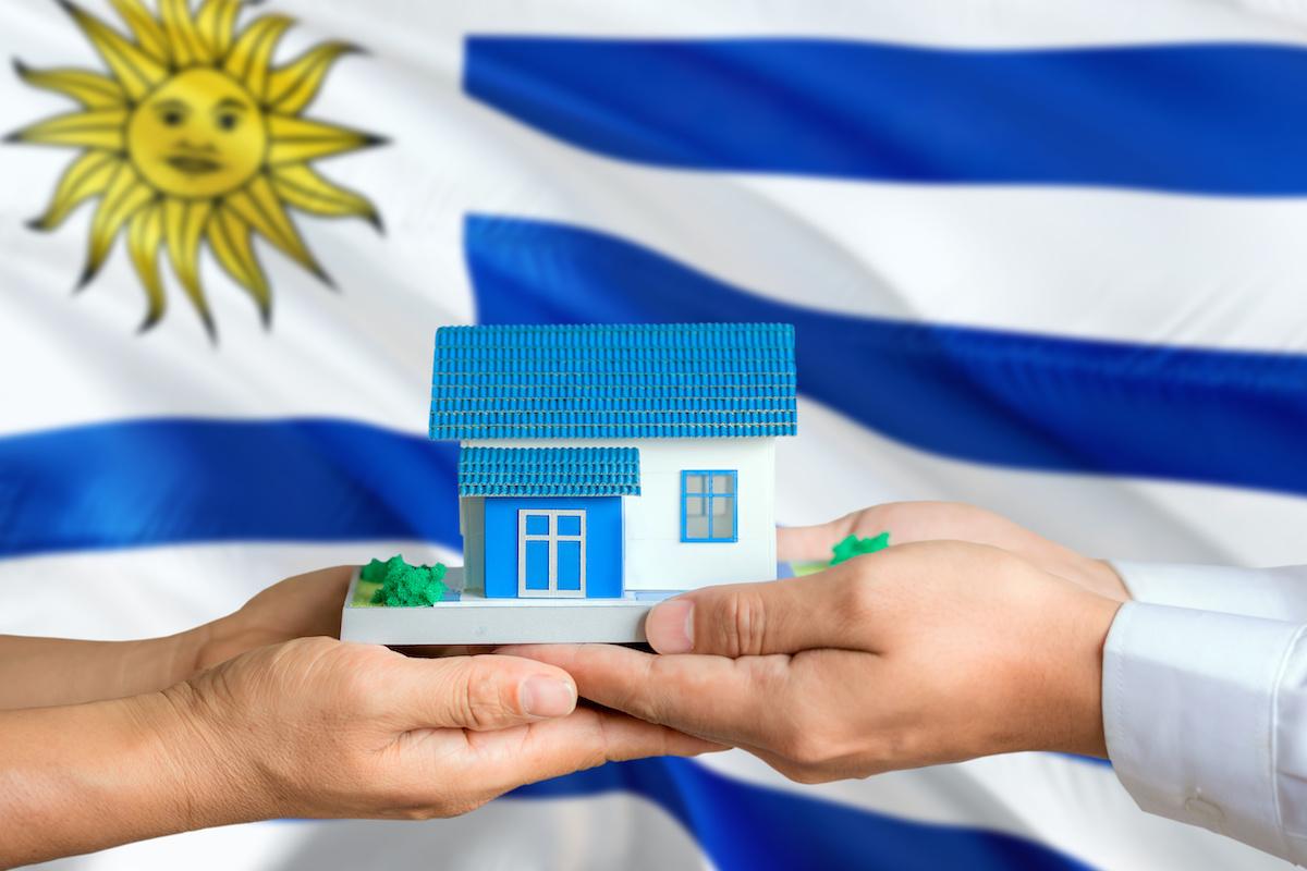 Solicita tu Constancia de Domicilio en Uruguay
