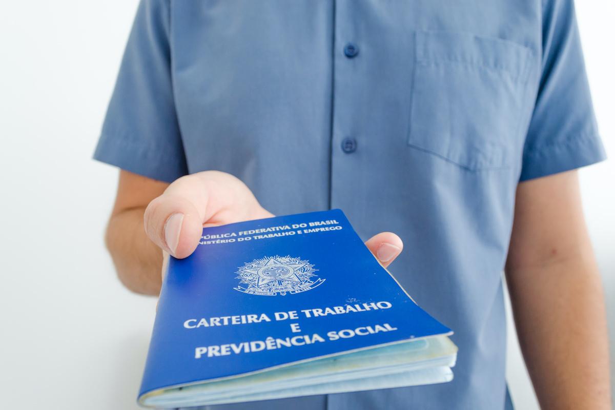 Abono salarial no Brasil